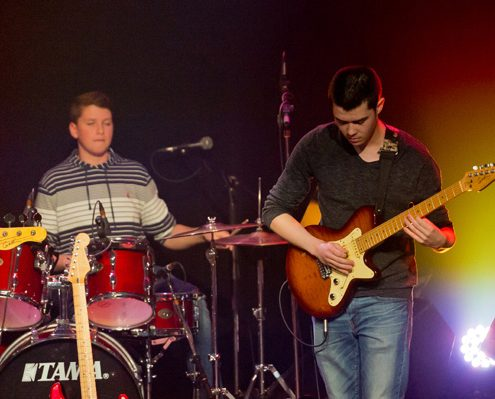 guitare basse, batterie